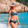 Wiki Full Cup bikini top Zanzibar på model